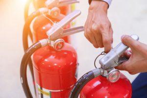 Kiểm Tra Bình Chữa Cháy Trước Khi Bàn Giao Cho Khách Hàng