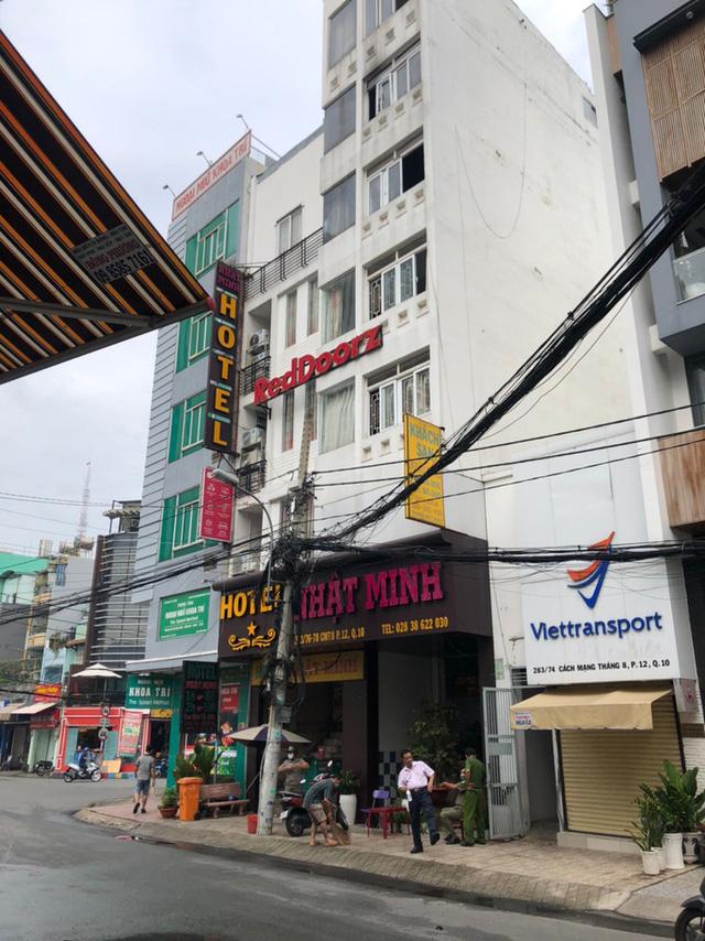 Cháy Khách Sạn Nhật Minh Trê đường Cách Mạng Tháng Tám, Quận 10
